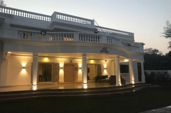 Luxurious 6 BHK Pool Villa in Lonavala