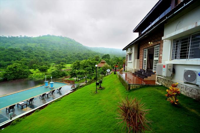 5 BHK Hillside Villa at Pawna