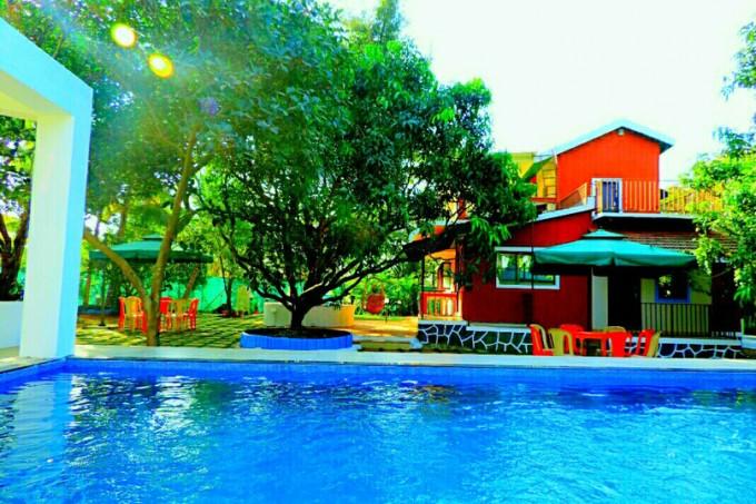5bhk Farmhouse with pool in Alibaug